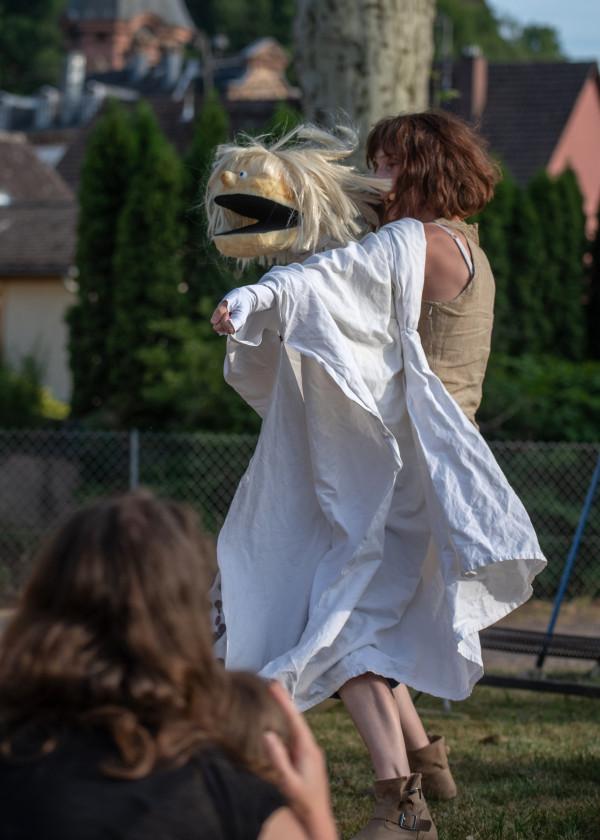 Nicolette et Aucassin - Cirqu'en rue Schirmeck 67