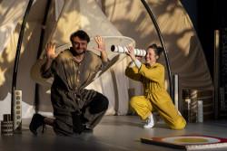 Coucou, spectacle à partir de 18 mois (Lucie Félix et Mateja Bizjak Petit)