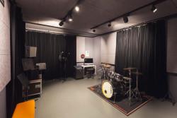 Les studios équipés du Gueulard Plus