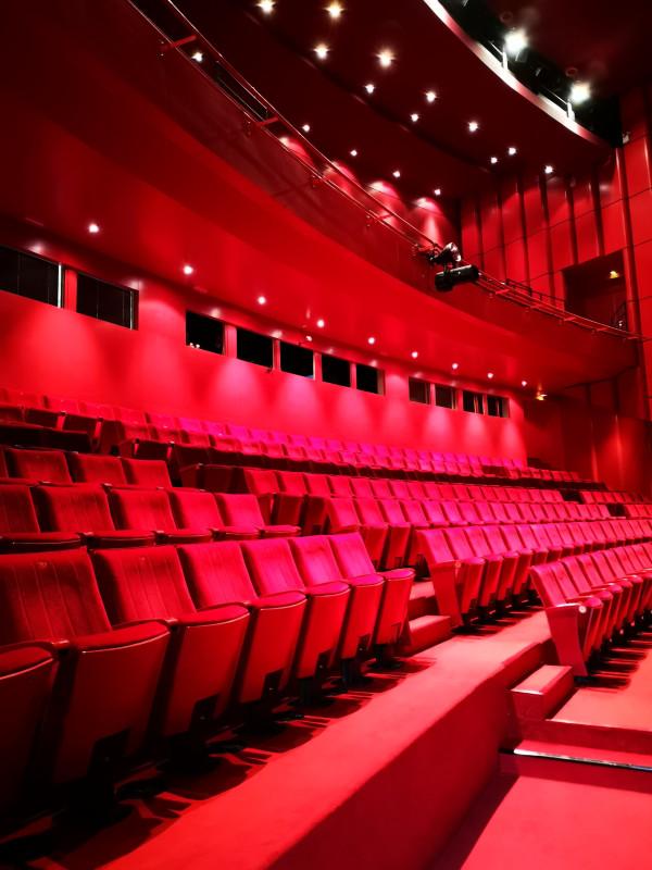 Salle du théâtre La Coupole