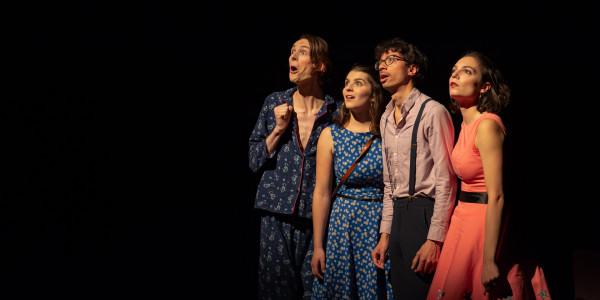 Envolées! Une création originale de et avec Stéphane Boyer, Camille Bernaudat, Qkentin Favrié, Louise Rubi. (Premier Prix National de Théâtre du CROUS 2019)
